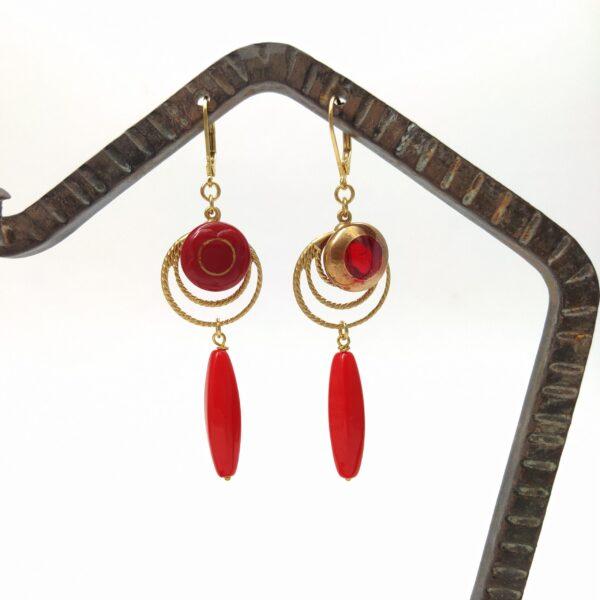 Dimensions des boucles d'oreille attaches incluses : largeur 2cm - longueur 7 6cm.